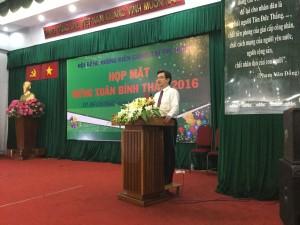 ĐC Nguyễn Thanh Nghị Ủy viên TW, Bí thư tỉnh Kiên Giang báo cáo tình hình phát triển kinh tế của tỉnh trong năm 2015.